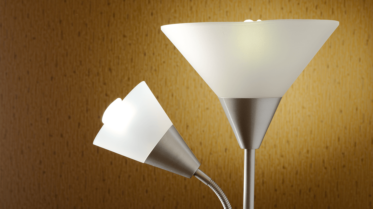 How-To: Repairing Incandescent Table and Floor Lamps