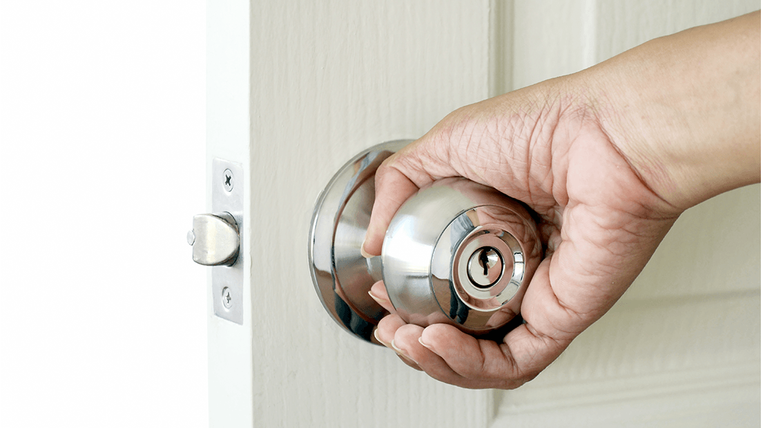 Choosing the Right Size and Swing of your Door