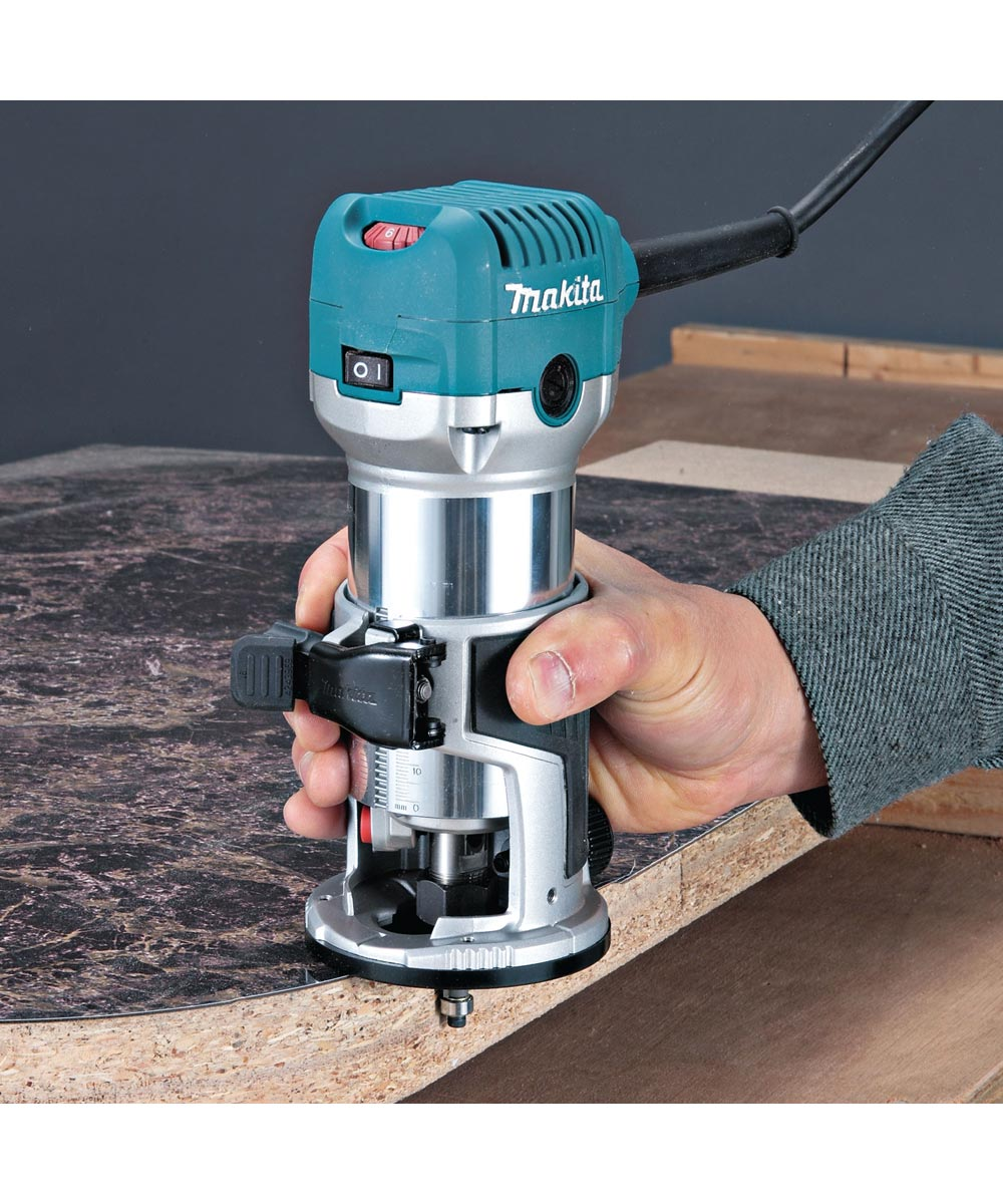 Makita 1-1/4 HP Compact Router, 6.5 Amps