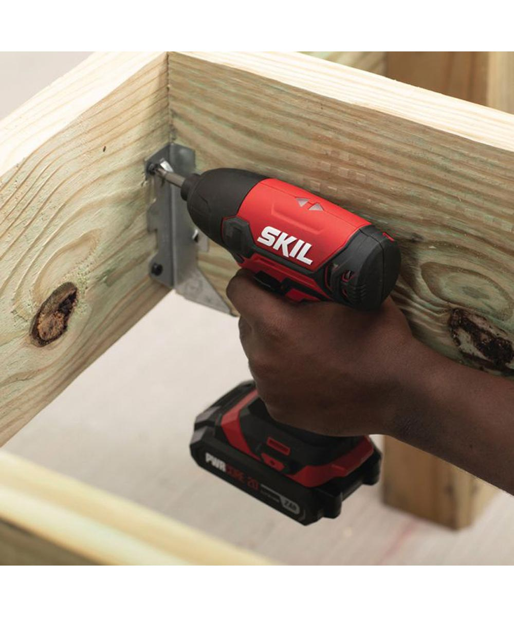 SKIL 20V 4-Tool Cordless Combo Kit with Drill Driver / Impact Driver / Reciprocating Saw / Spot Light / 2 PWRCore Batteries (2.0Ah) / Charger