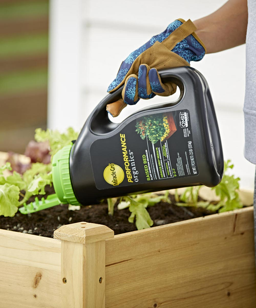 Miracle-Gro Performance Organics Raised Bed Plant Nutrition Granules, 2.5 lbs.