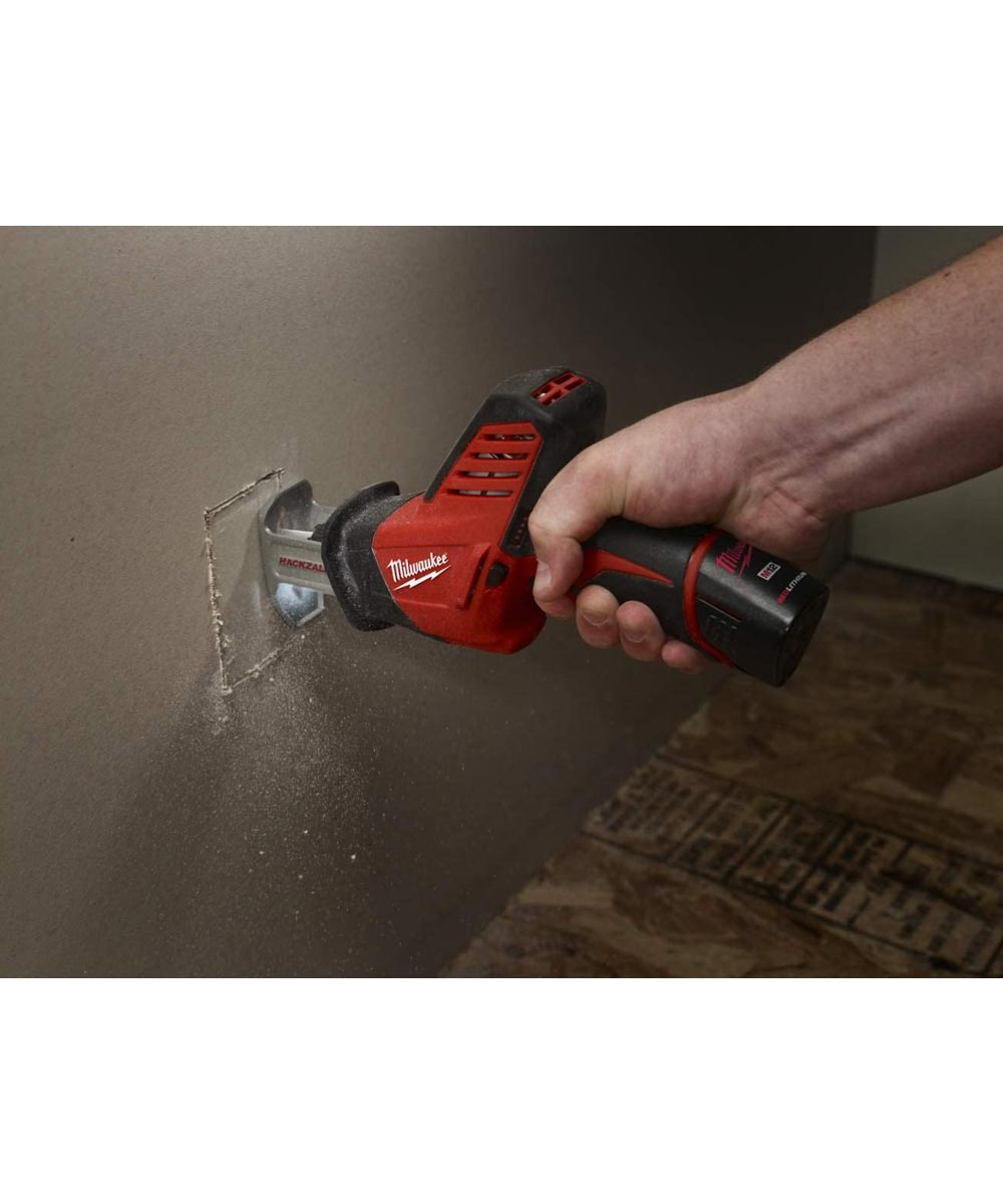 Milwaukee M12 HACKZALL Cordless Reciprocating Saw Kit with Battery and Charger