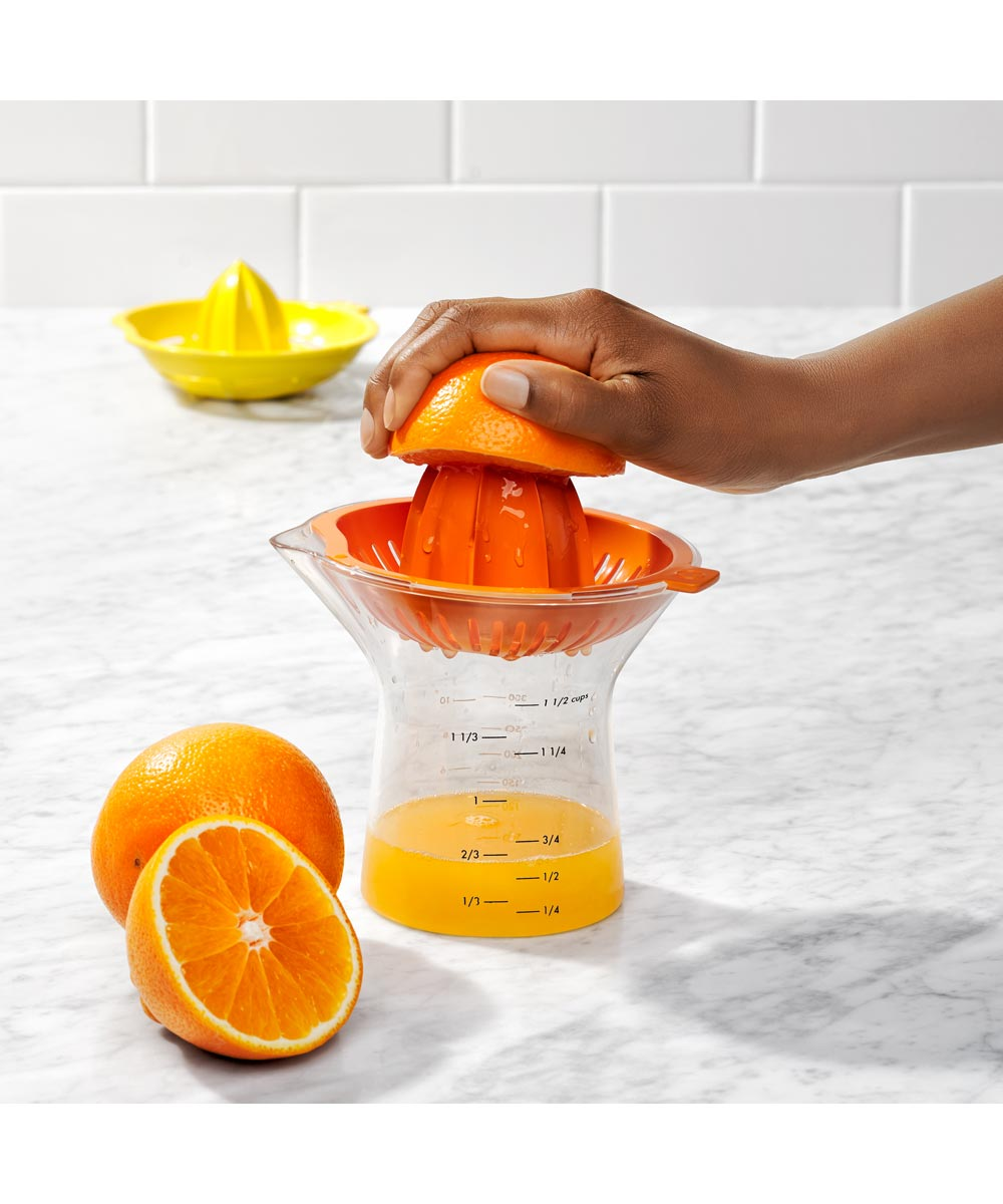 OXO Good Grips 2-In-1 Citrus Juicer
