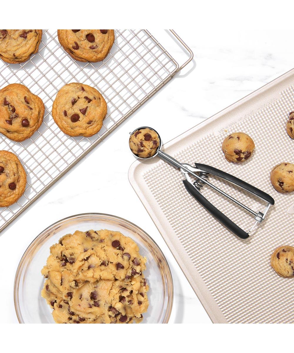 OXO Good Grips Medium Cookie Scoop