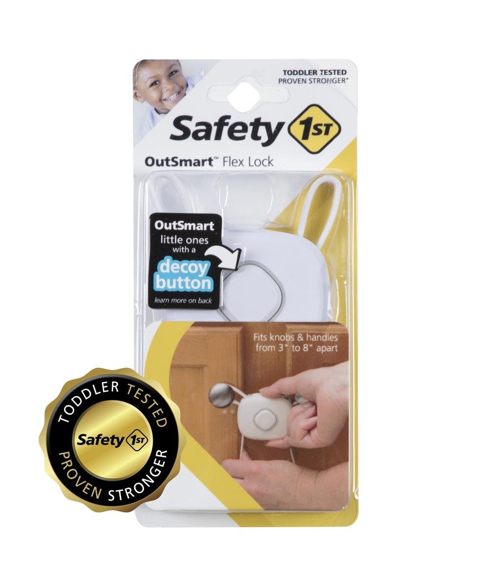 Safety 1st White OutSmart Flex Lock